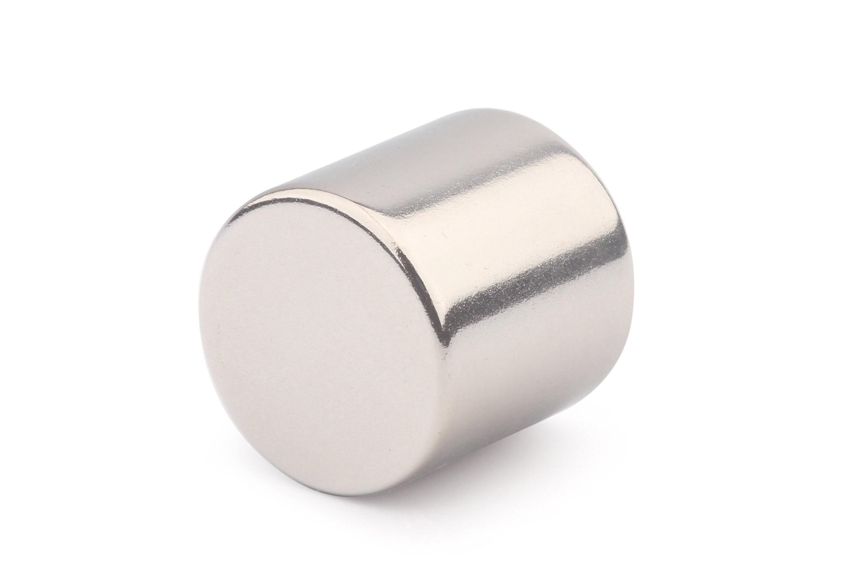 Неодимовый магнит диск 20х20 мм