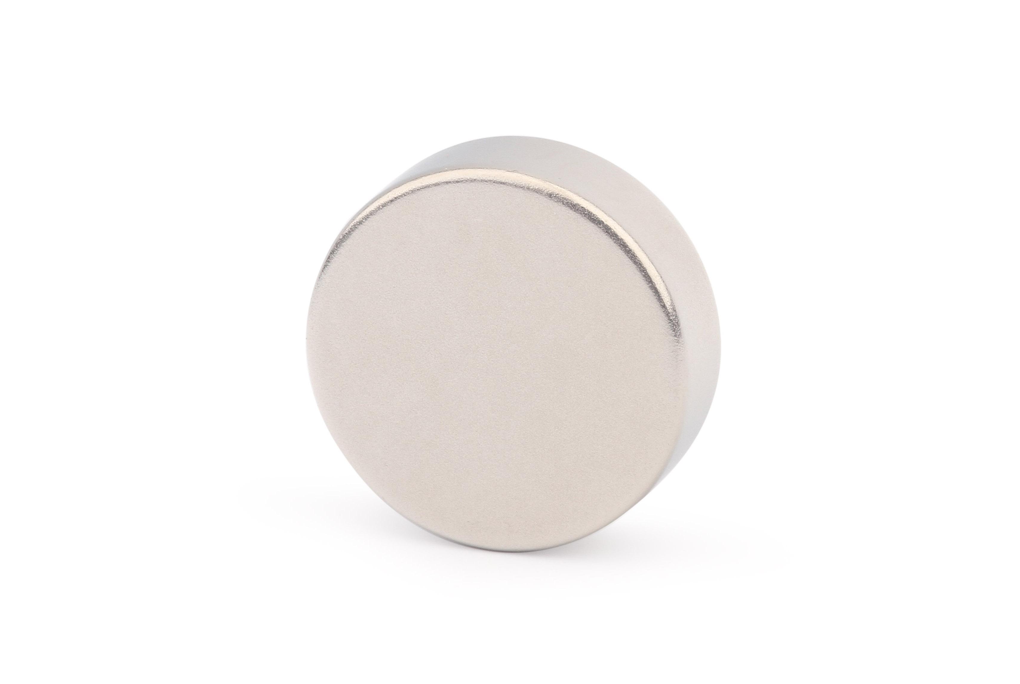 Неодимовый магнит диск 30х10 мм (N45)
