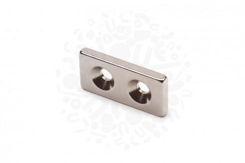 Неодимовый магнит прямоугольник 25х12х3 мм с двумя зенковками 3.5/7 мм в Ростове-на-Дону