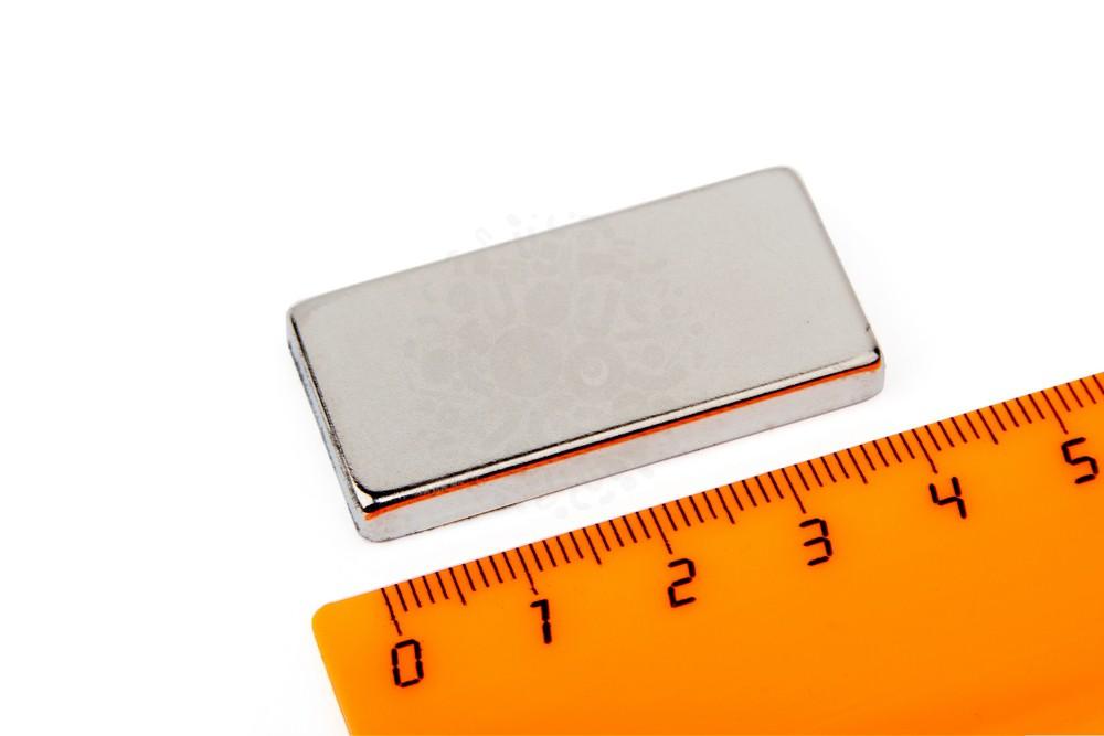 Неодимовый магнит прямоугольник 40х20х5 мм в Уфе