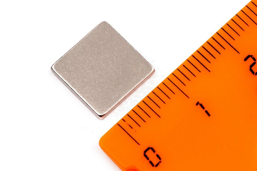 Неодимовый магнит прямоугольник 11х11х1.5 мм, N33SH в Ростове-на-Дону