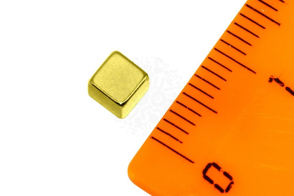 Неодимовый магнит прямоугольник 4х4х4 мм , золотой в Уфе