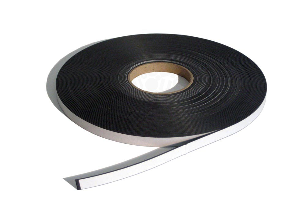 Магнитная лента 12.7 мм, рулон 30 м с клеевым слоем в Курске