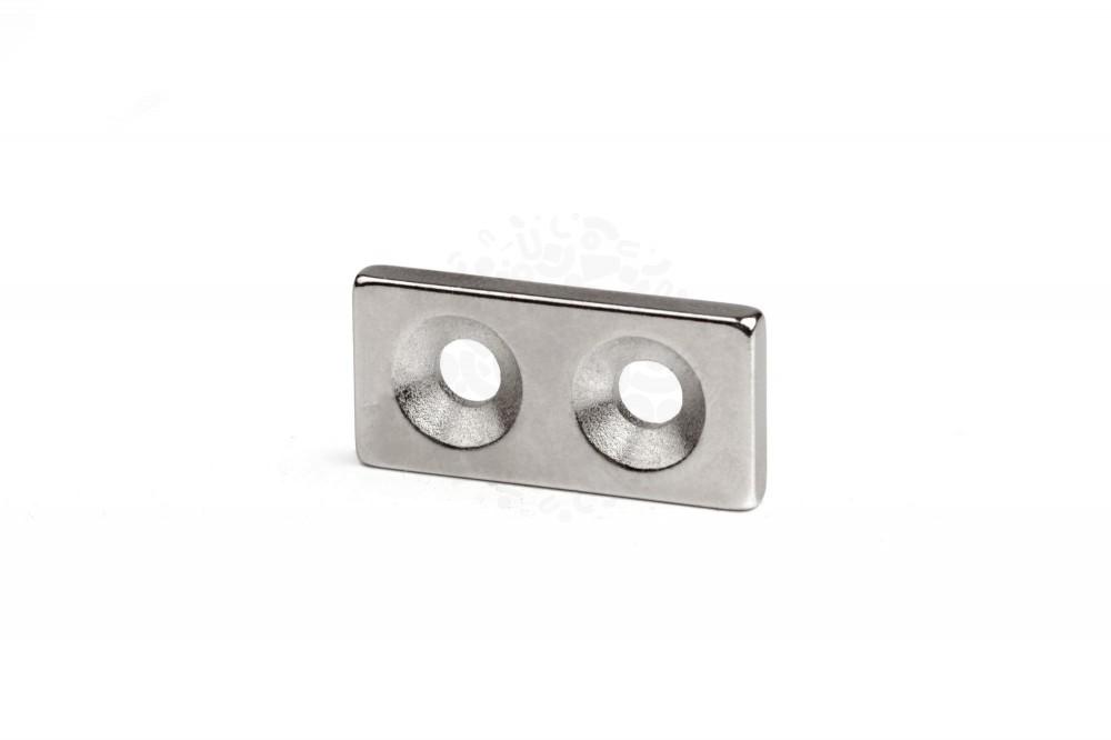 Неодимовый магнит прямоугольник 25х12х3 мм с двумя зенковками 4/8 мм в Люберцах