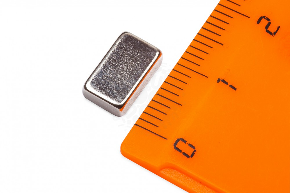 Неодимовый магнит прямоугольник 10х6х3 мм в Барнауле