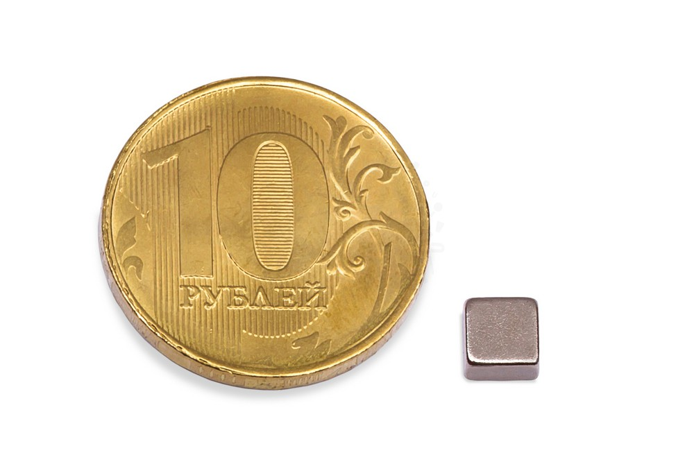 Неодимовый магнит прямоугольник 5х5х3 мм в Саратове