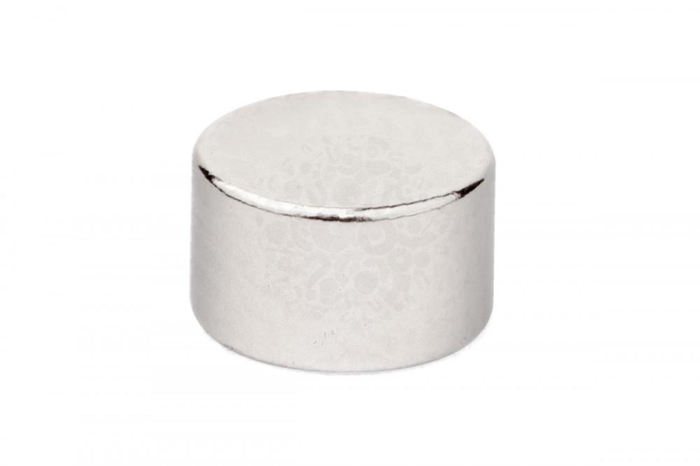Неодимовый магнит диск 5х3 мм, диаметральное, N35 в Хабаровске