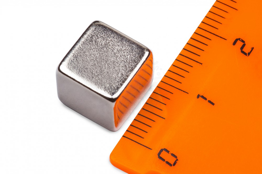 Неодимовый магнит прямоугольник 10х10х10 мм в Перми