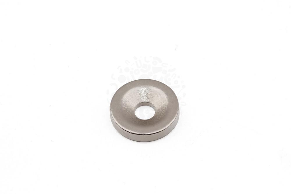 Неодимовый магнит диск 10x2 мм с зенковкой 3/6 мм, N33 в Туле