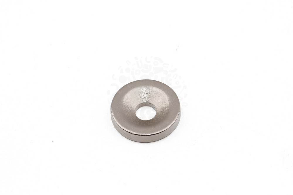 Неодимовый магнит диск 10х2 мм с зенковкой 3/6 мм, N33 в Красноярске