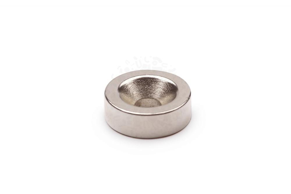 Неодимовый магнит диск 15х5 мм с зенковкой 4.5/10 мм в Москве