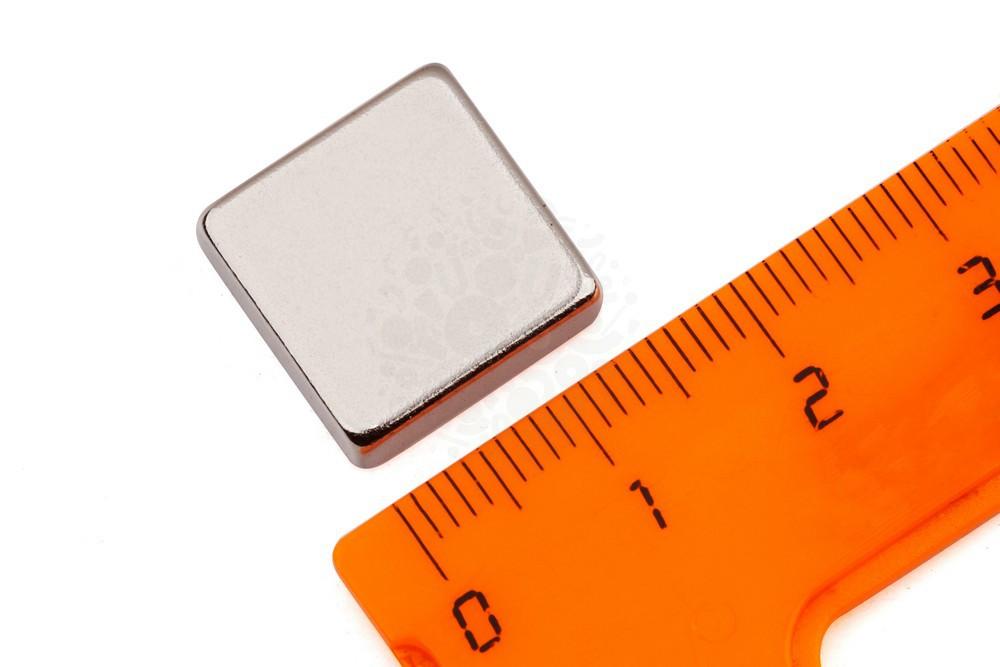 Неодимовый магнит прямоугольник 15х15х5 мм, N35 в Екатеринбурге