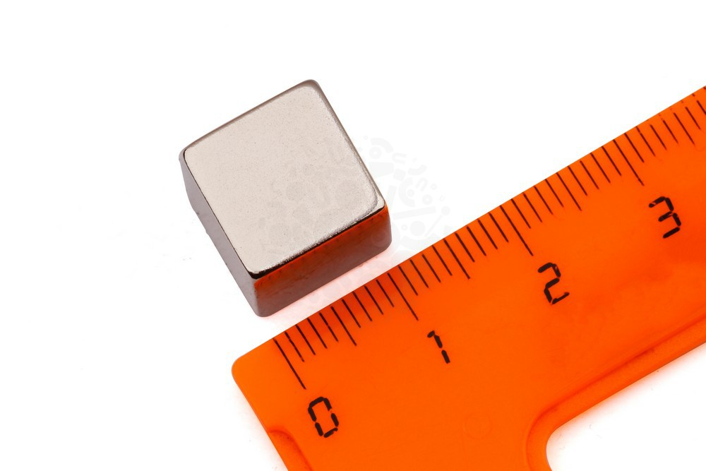 Неодимовый магнит прямоугольник 12х12х12 мм, N52 в Курске
