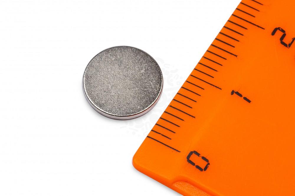 Неодимовый магнит диск 10х1 мм, N45 в Барнауле