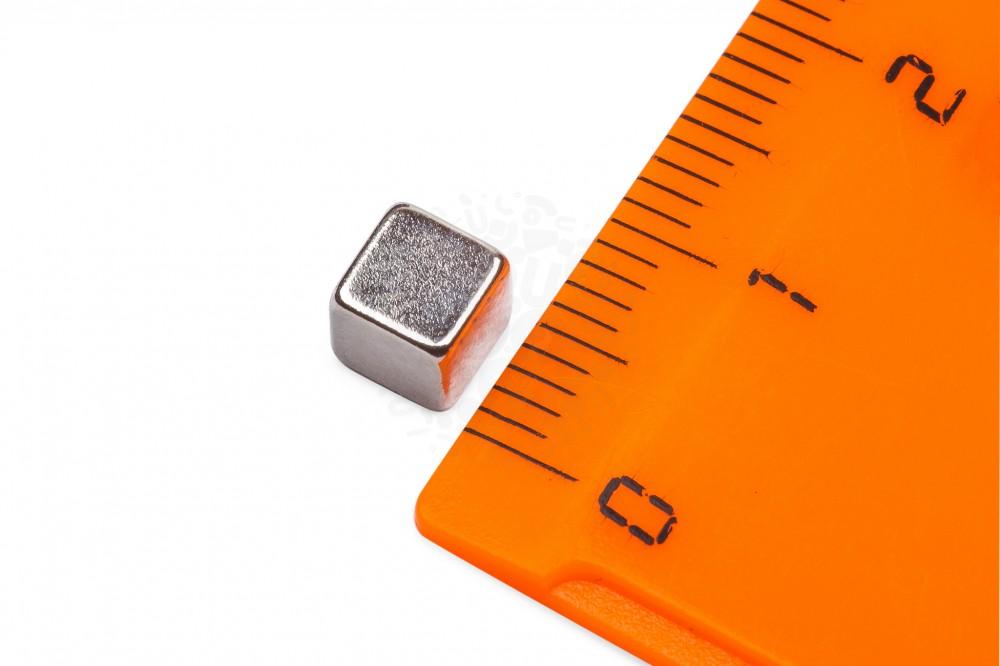 Неодимовый магнит прямоугольник 5х5х5 мм в Уфе