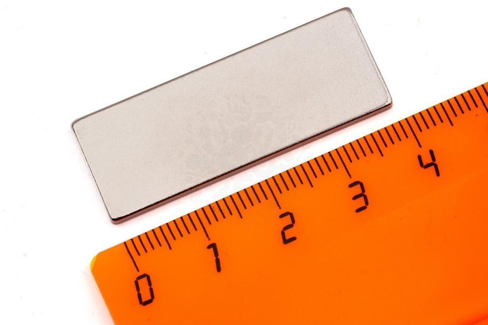 Неодимовый магнит прямоугольник 40х15х2 мм, N33 в Симферополе
