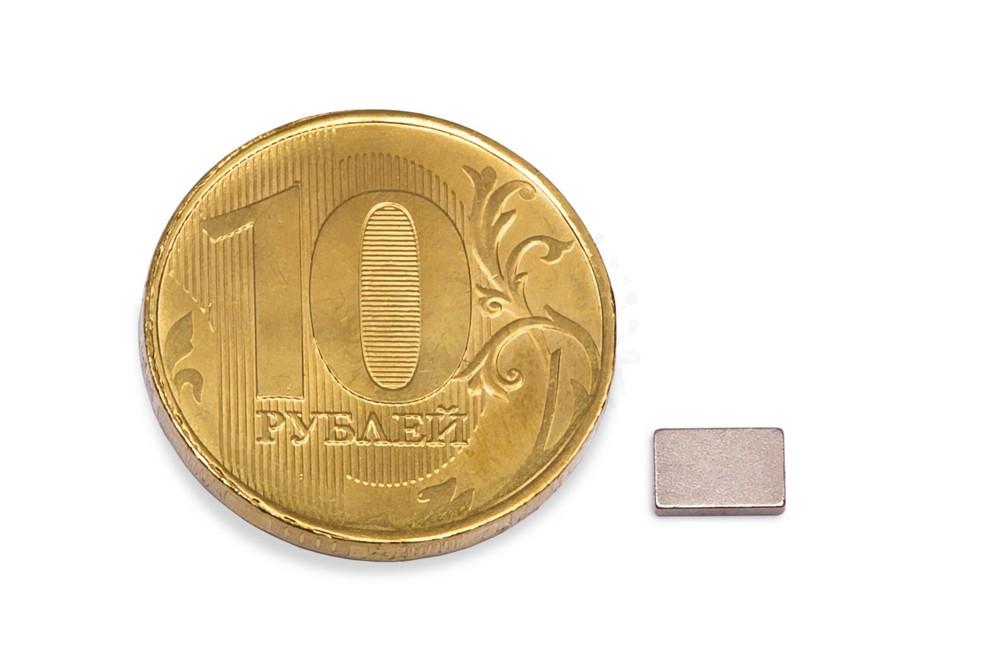 Неодимовый магнит прямоугольник 6х4х1 мм в Ставрополе