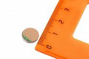 Неодимовый магнит диск 10х1 мм с клеевым слоем