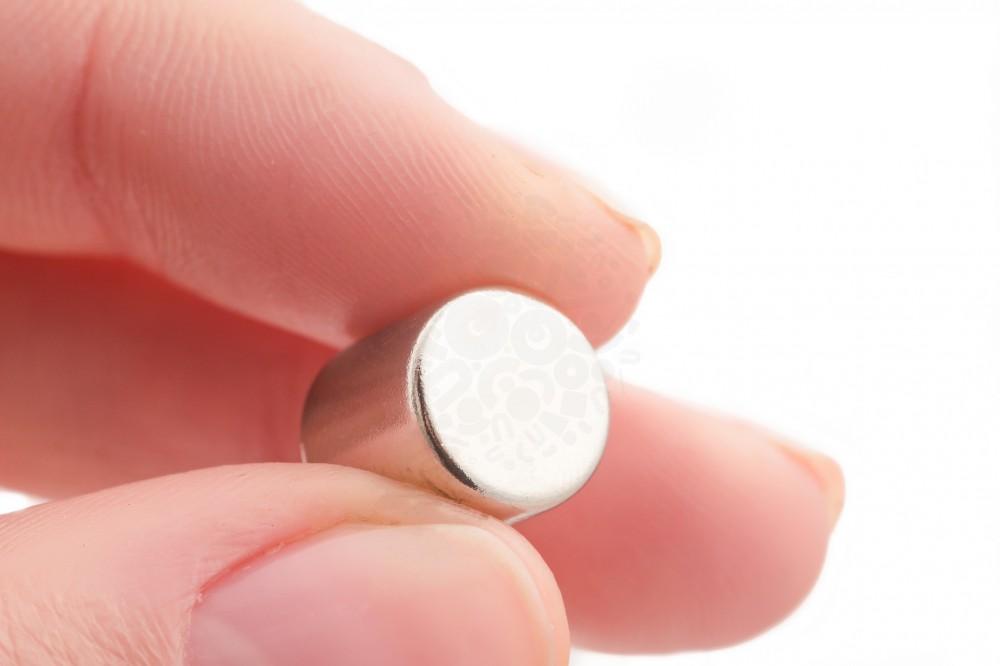 Неодимовый магнит диск 10х10 мм в Краснодаре