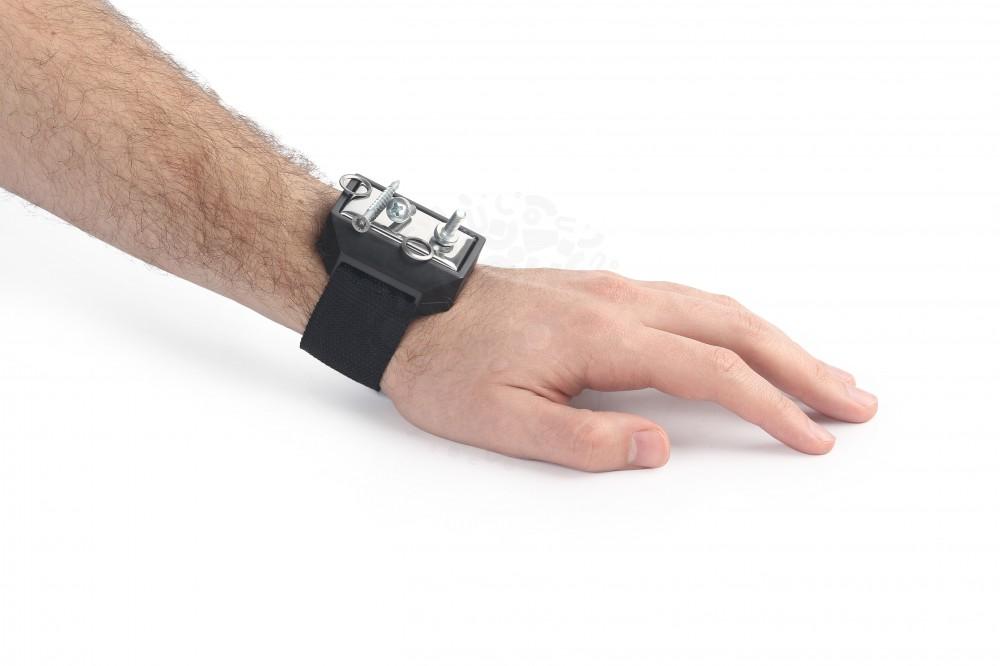 Напульсный браслет с магнитным держателем для метизов в Саратове