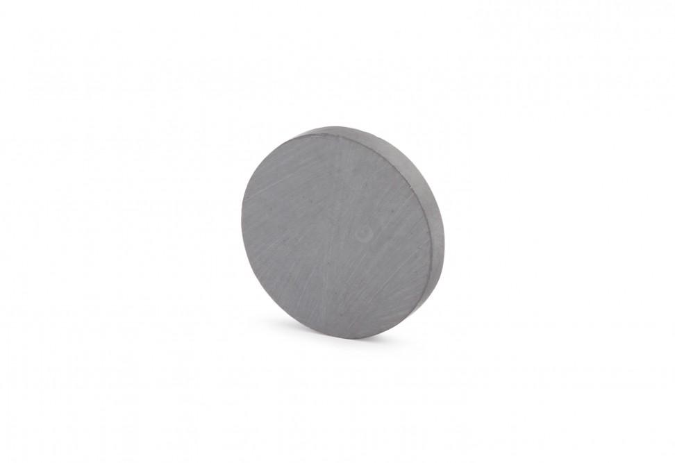 Ферритовый магнит диск 20х3 мм в Казани
