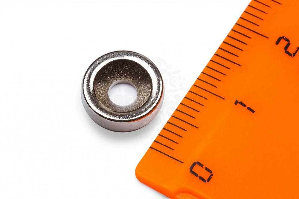 Неодимовый магнит диск 10х3 мм с зенковкой 3.5/7 мм в Барнауле