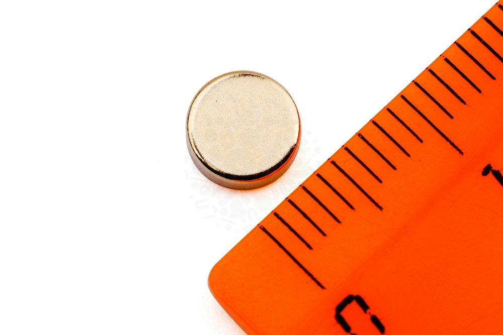 Неодимовый магнит диск 6х2 мм, золотой в Воронеже