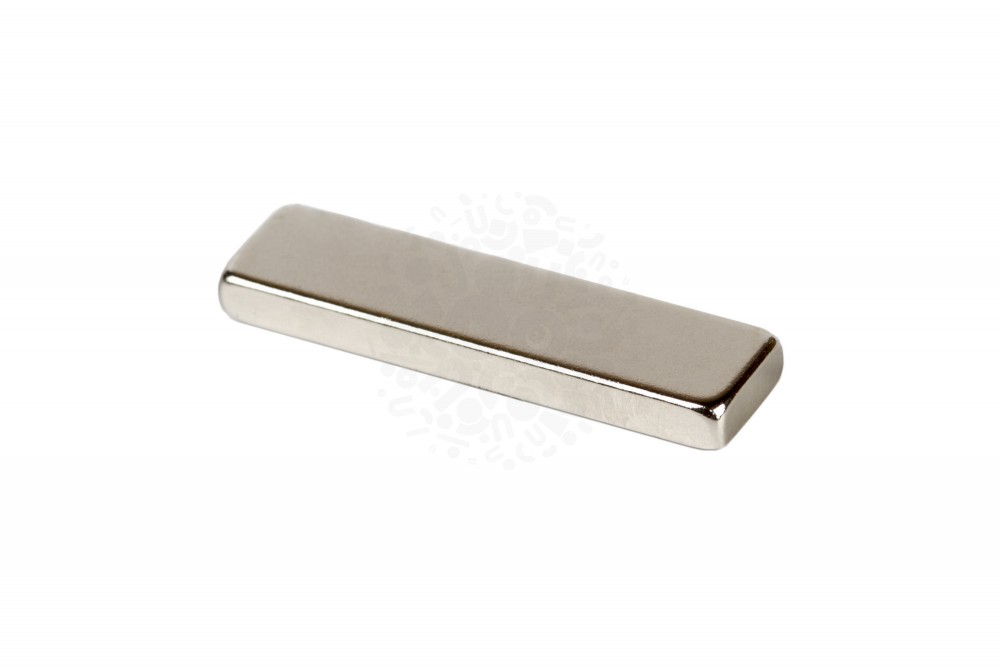 Неодимовый магнит прямоугольник 40х10х4 мм, N50 в Саратове