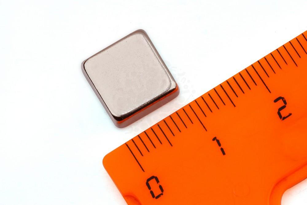 Неодимовый магнит прямоугольник 10х10х5 мм, N33 в Иваново
